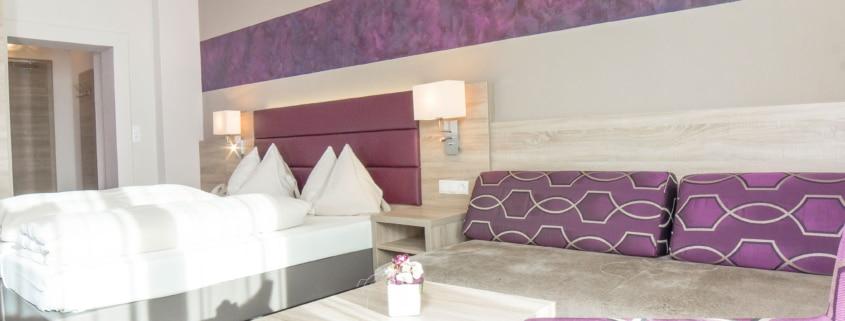 Dreibettzimmer im Hotel Neue Post