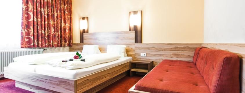 Dreibettzimmer im Hotel Schladmingerhof in Schladming